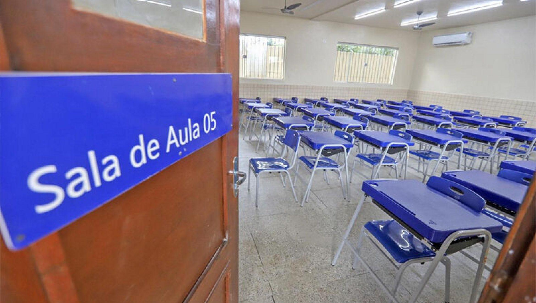 Aulas não voltam agora, diz Associação dos Municípios do Paraná