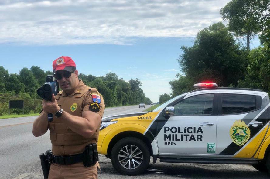 As equipes do Batalhão de Polícia Rodoviária (BPRv) estão ativas com fiscalizações para inibir o excesso de velocidade em toda a malha rodoviária estadual. A análise da unidade dos primeiros três mese