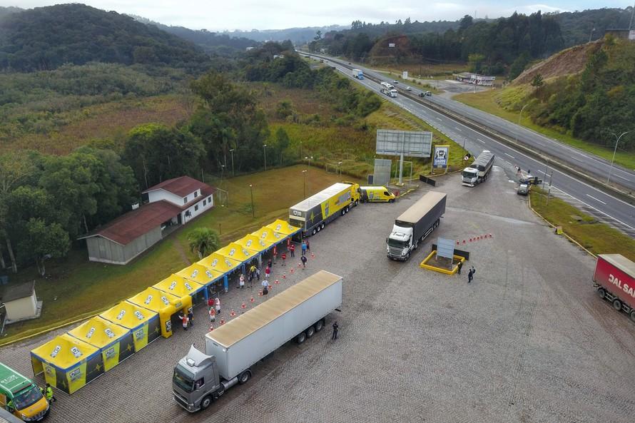 Paraná vai destinar primeiro lote da Janssen para vacinar trabalhadores do transporte. Foto: José Fernando Ogura/AEN